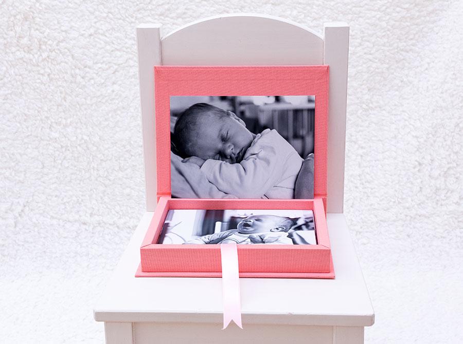 lifestyle newborn fotografie babyalbum