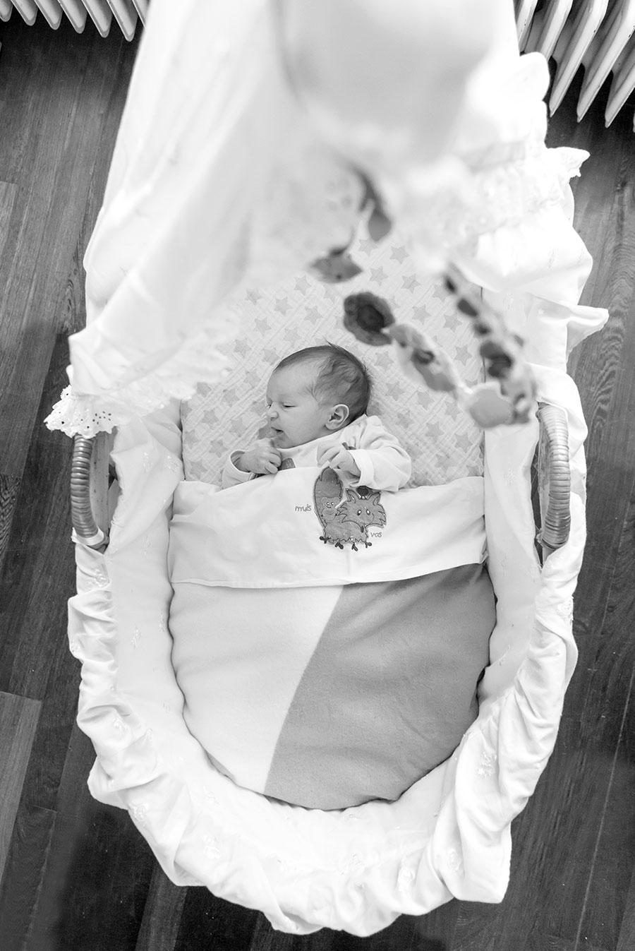 newborn fotograaf Pijnacker wieg