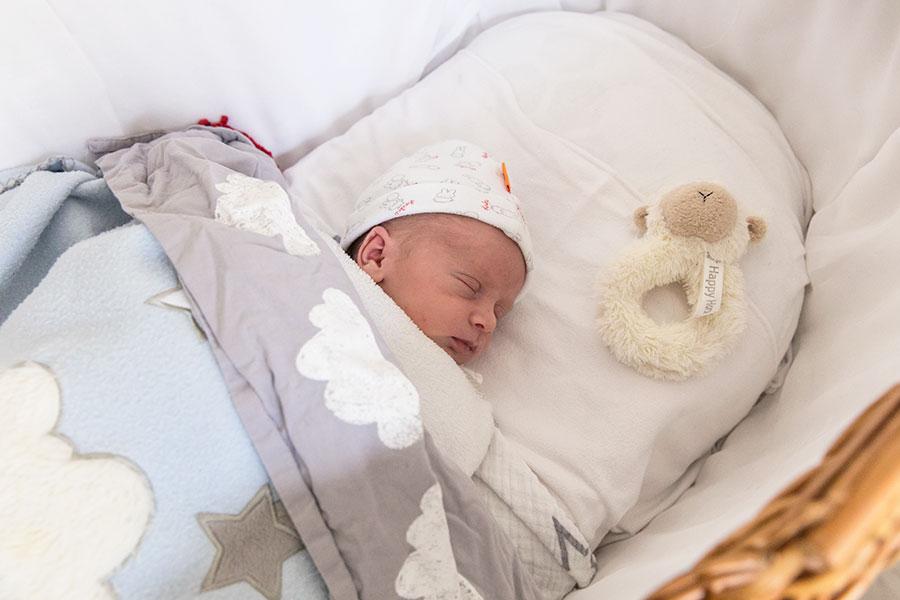 newbornshoot baby