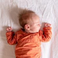 lifestyle newbornfotografie in Delft